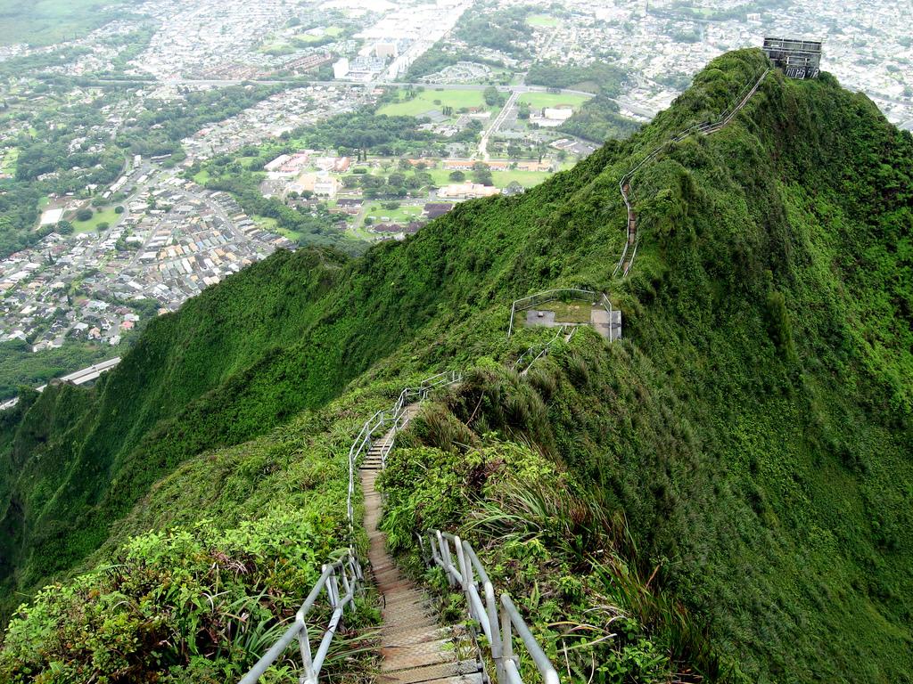Лестница Хайку (Haiku Stairs), Гавайи