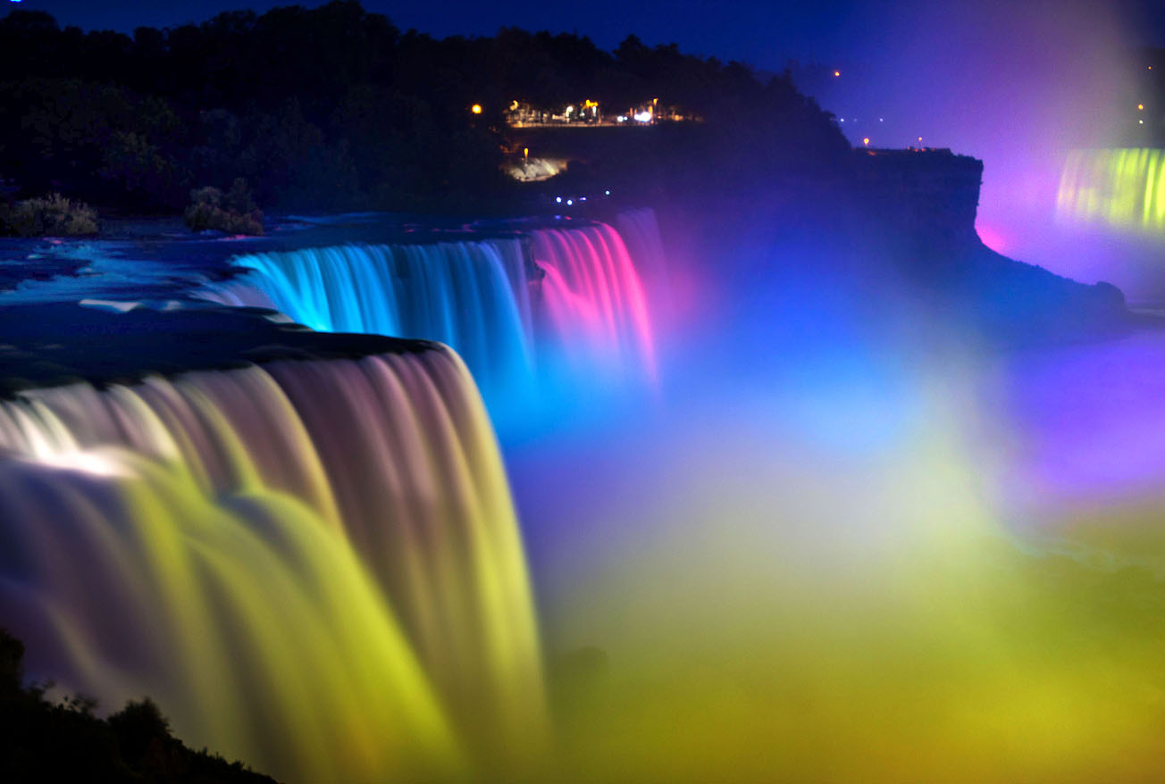 Ниагарский водопад, световое шоу на водопаде