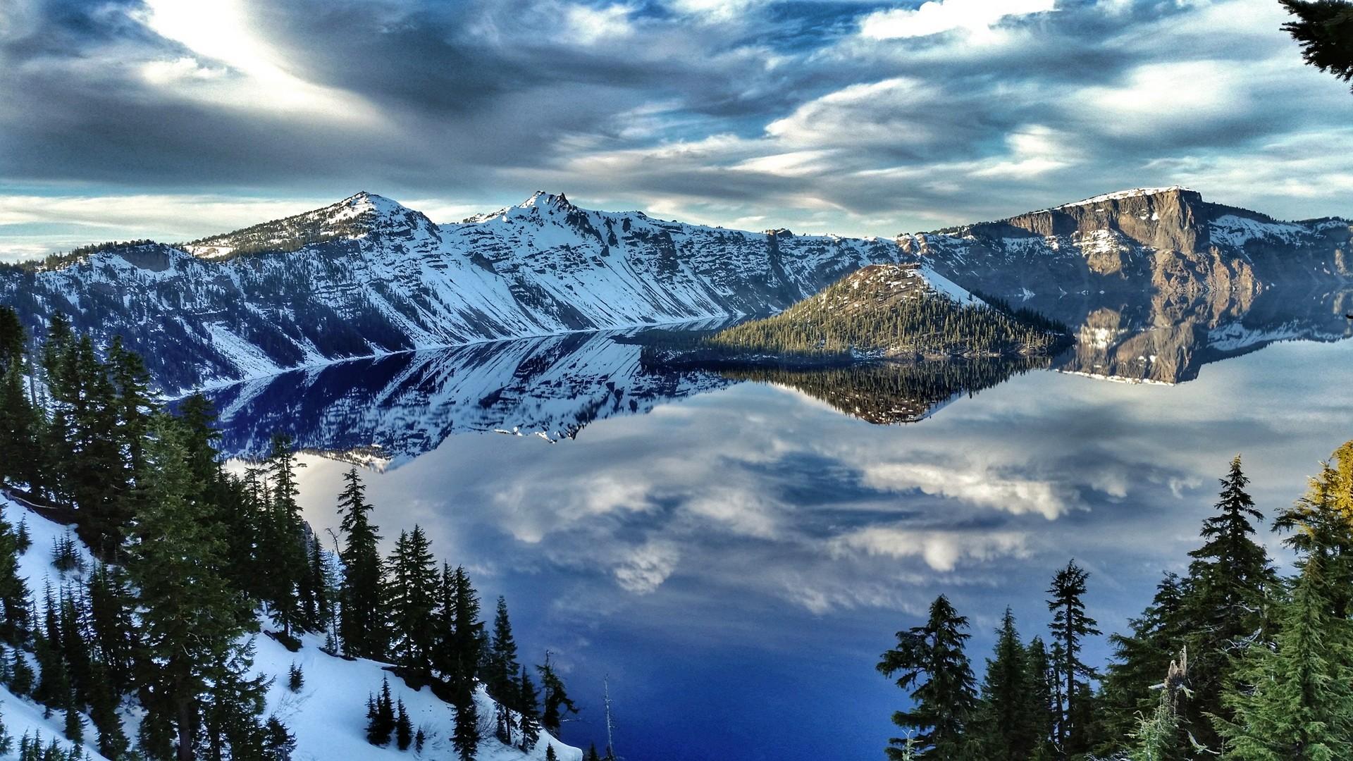 США-Зима-Кратерное-озеро-Национальный-Парк