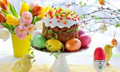 пасха-куличи-крашенные-яйца