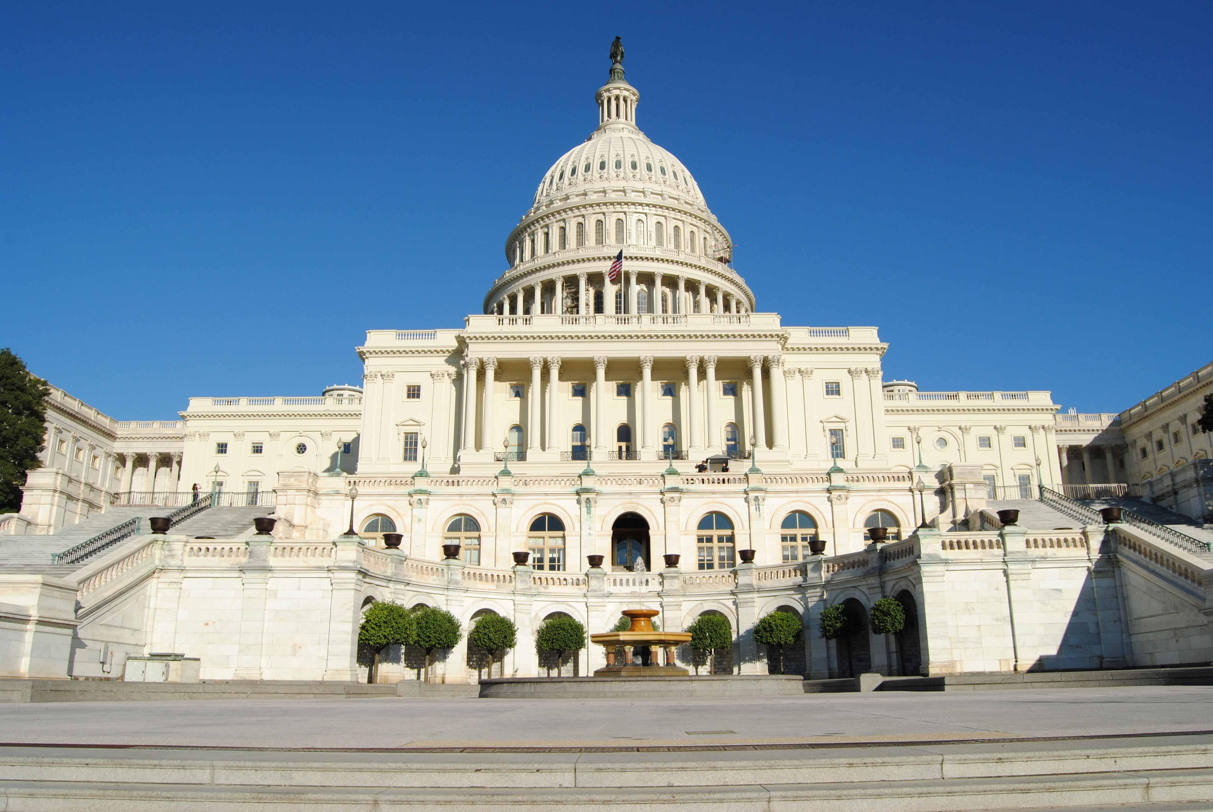 Капитолий-Вашингтон-США-конгресс