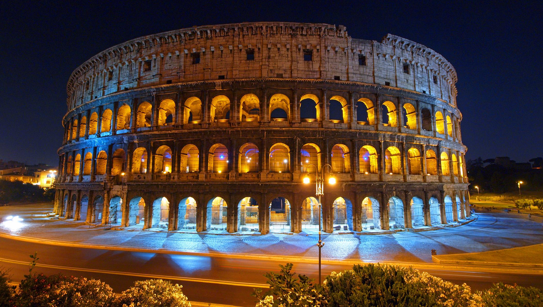 колизей ночью, Рим, Италия