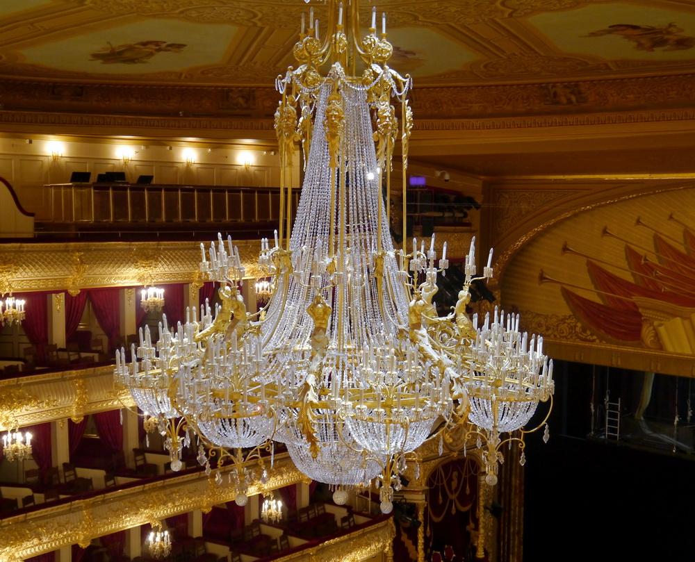Люстра Большого театра