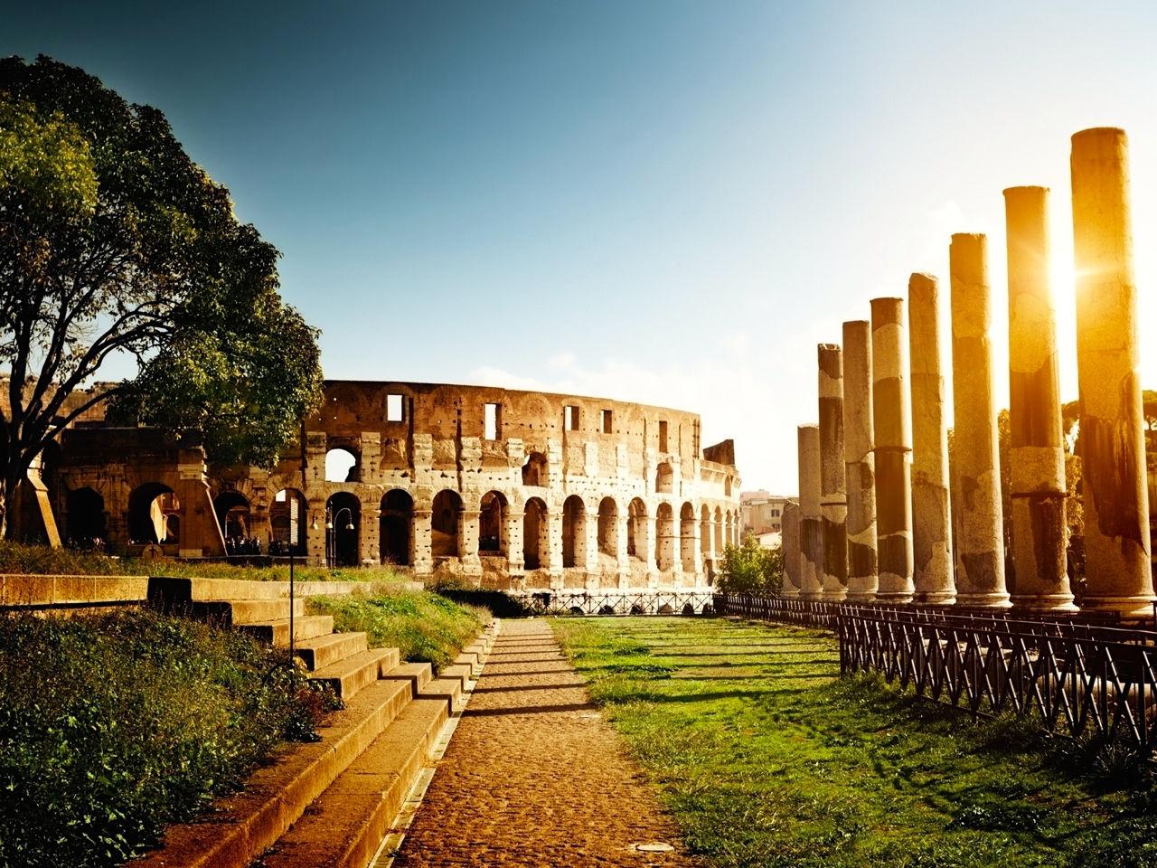 Италия, древняя архитектура, обои на рабочий стол