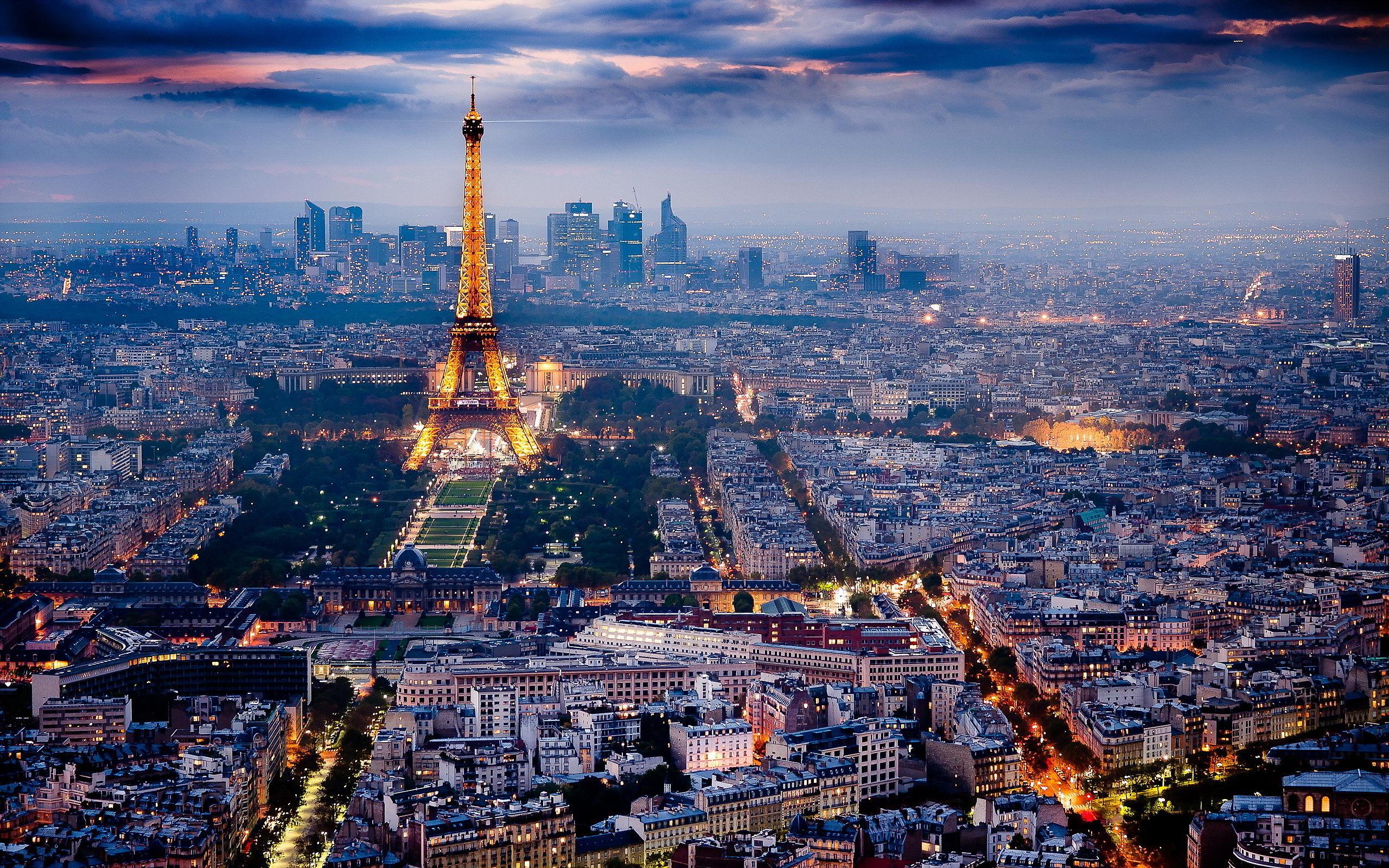 Paris-vid-sverhu