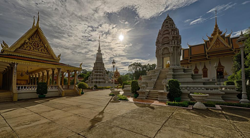 Royal.Palace.Phnom.Penh.original.2