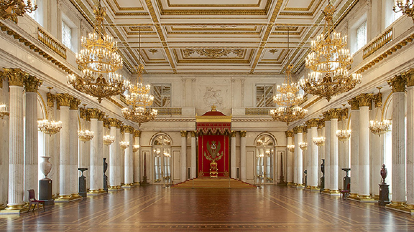 The-Winter-Palace-sankt-peterburg-ermitag