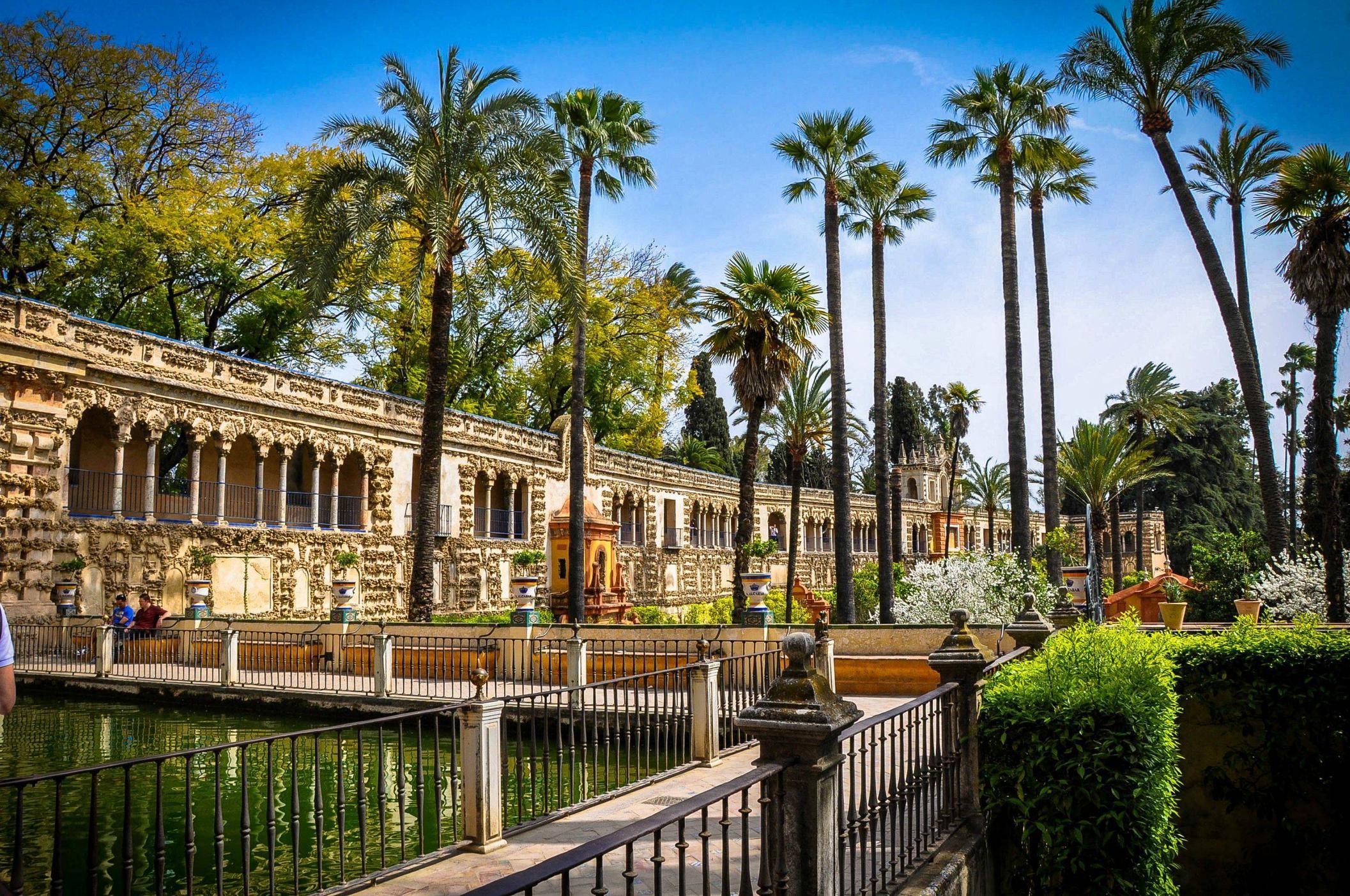 alcazare-palace-cordoba-spain-andalucia