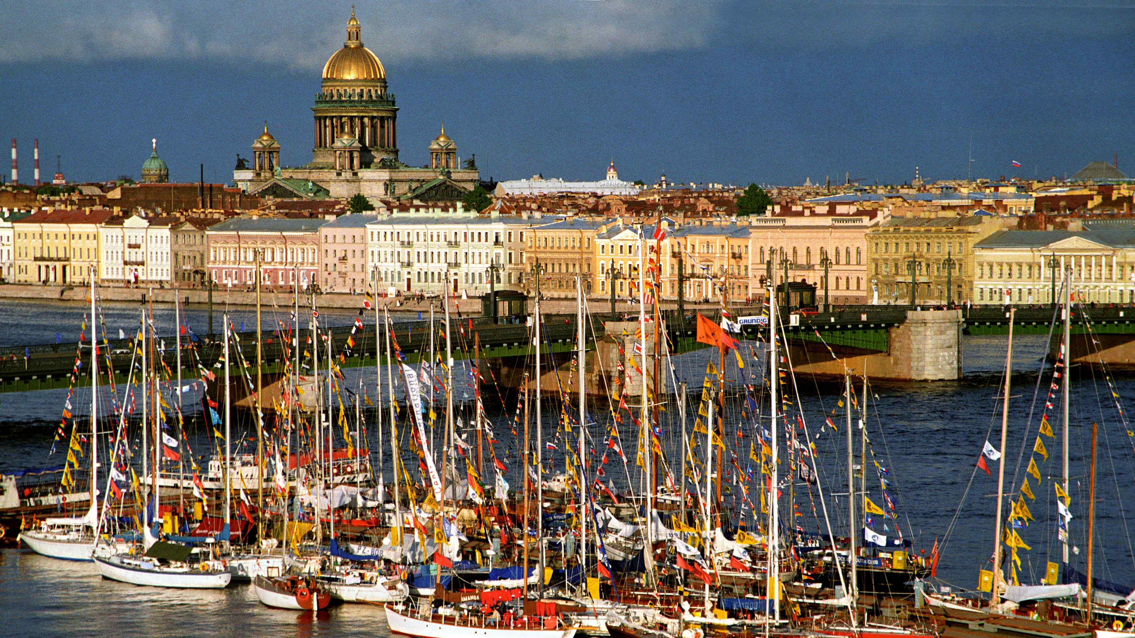 sankt-peterburg-port-corabli-rossija