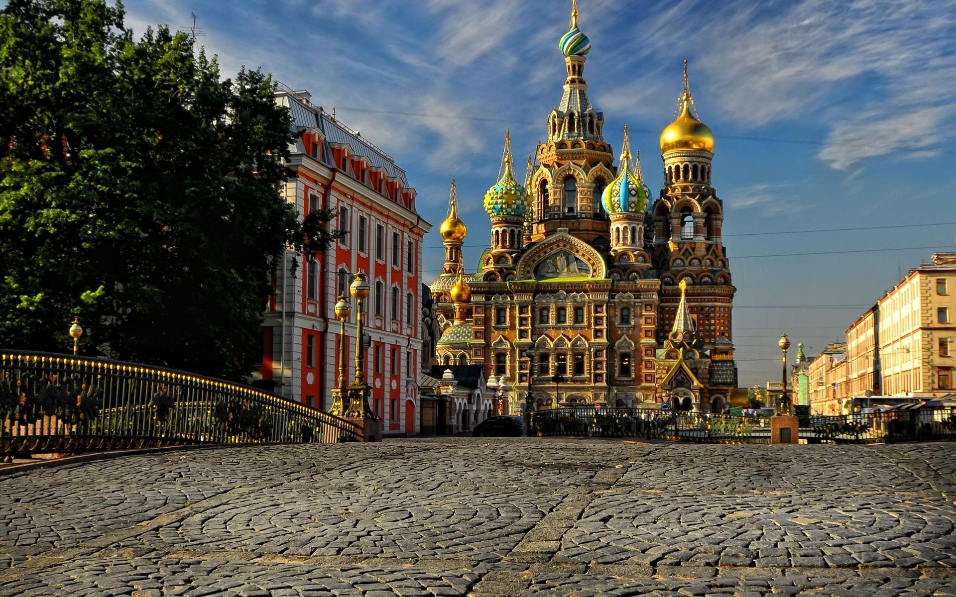 sankt-peterburg-sobor-rossija