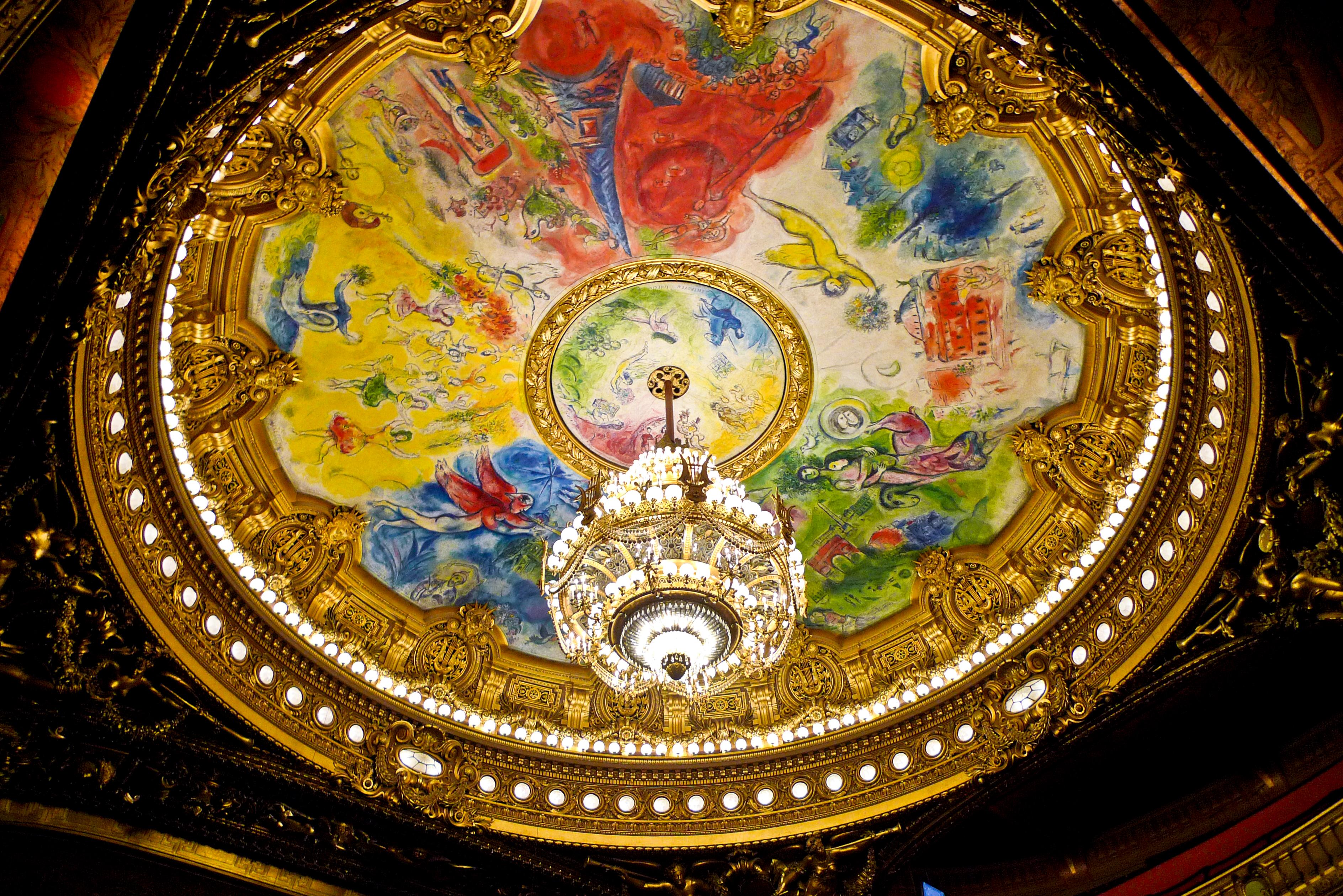 Хрустальная-люстра-Гранд_оперы-театр-Париж_Франция