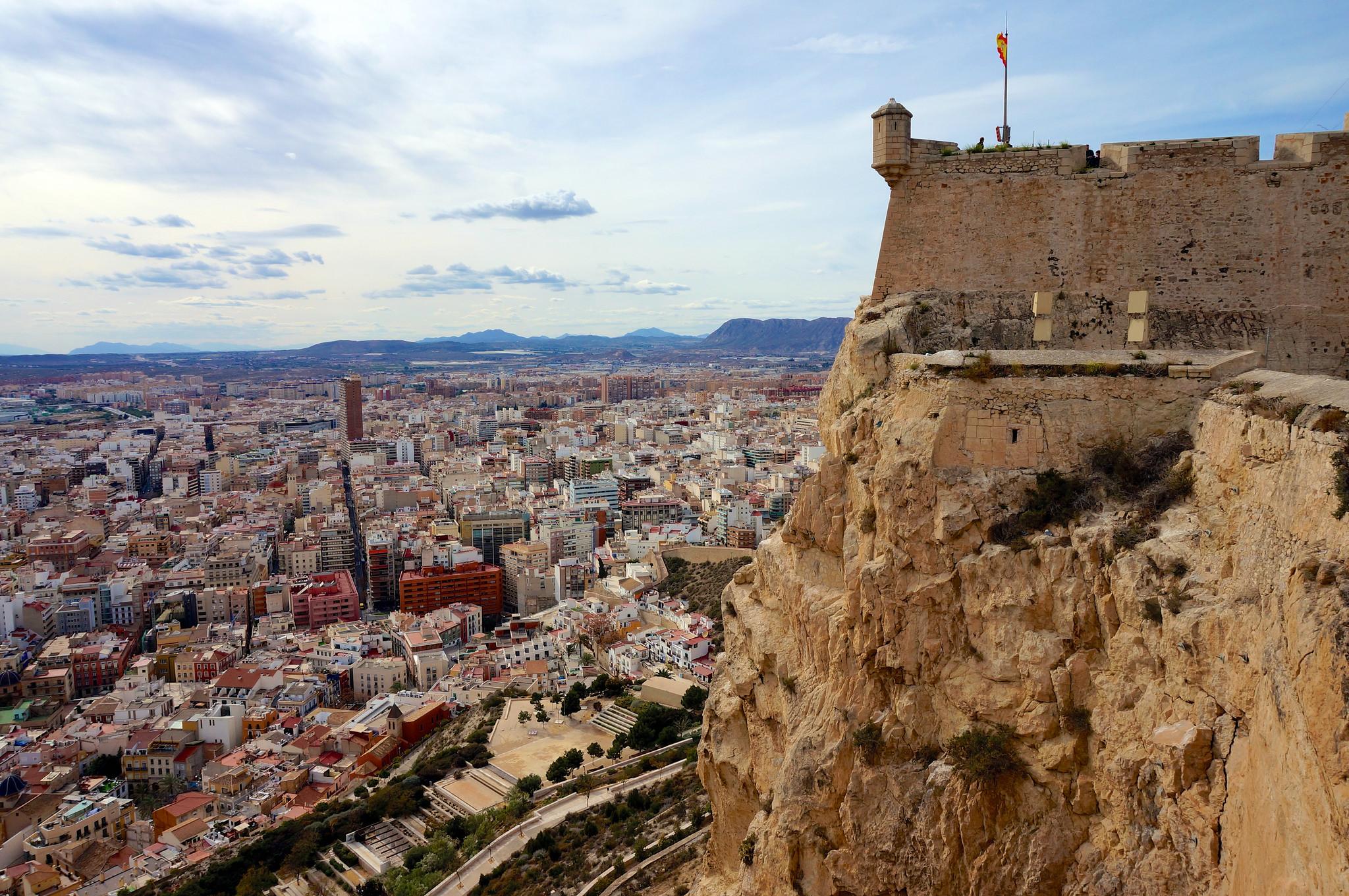 Alicante.крепость.Санта-Барбара-гора-Беноконтиль-Испания