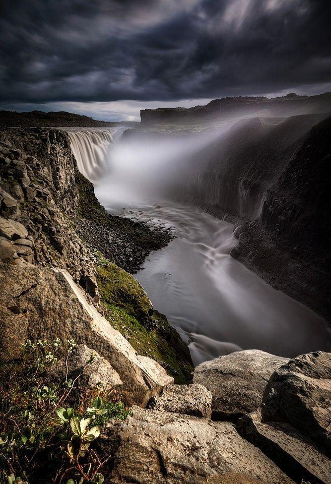 dettifoss-falls-island