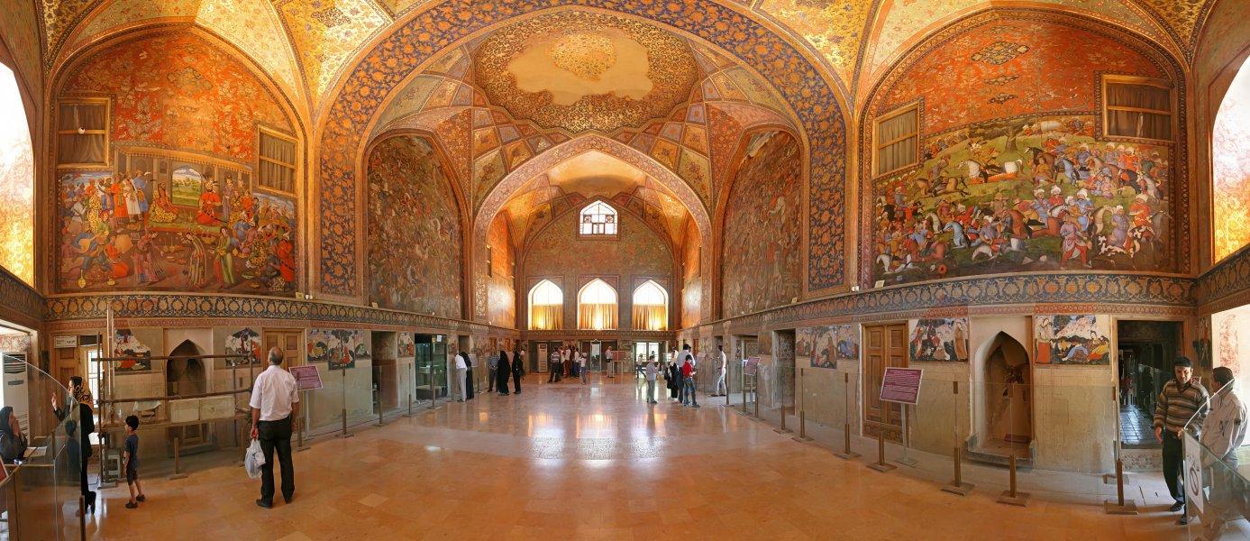 Дворец_Чехель_Сотун_изнутри_Исфахан