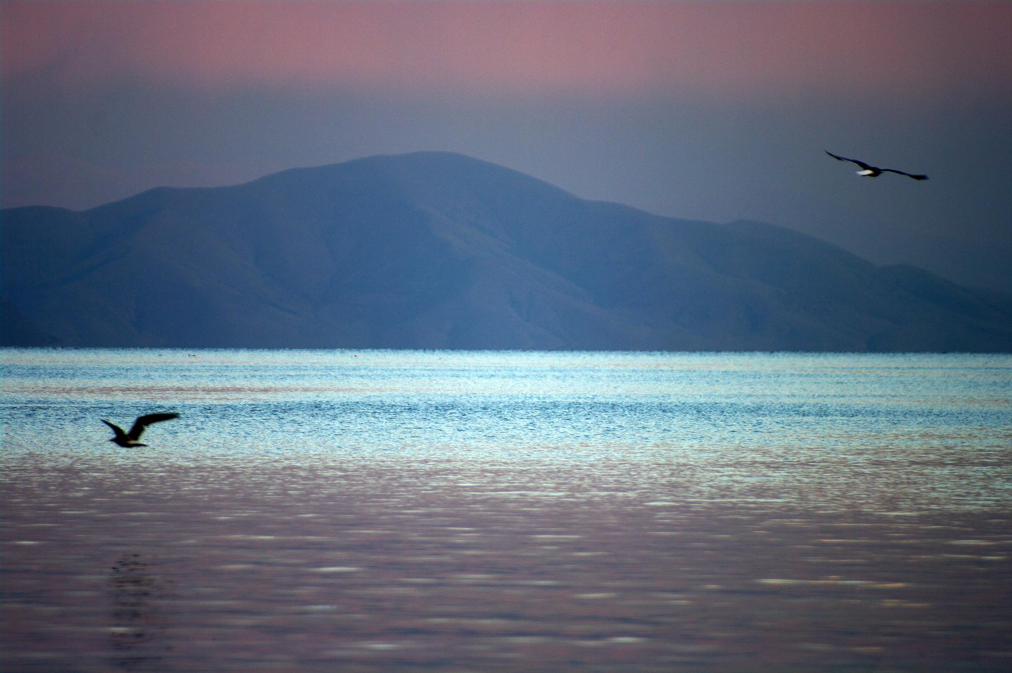 Озеро_Севан_Армения_широкоформатное_фото_красивая_природа_Армении