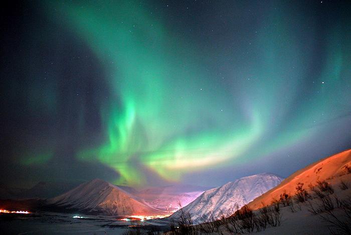 Северное_сияние_красота_небес_природные_явления_удивительные_чудеса_природы.1jpg
