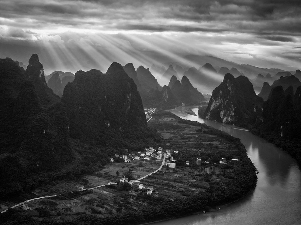 xianggong-hill-china_высший_свет_долина_яншо_каунти_китай_national_geographic
