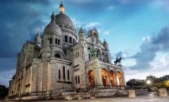 базилика_сакре_кер_храм_на_вершине_холма_монмартр_париж_франция