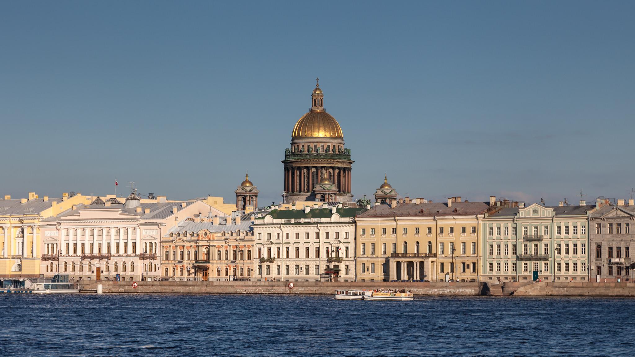 Санкт_Петербург_вид_на_Собор_святого_Исаака