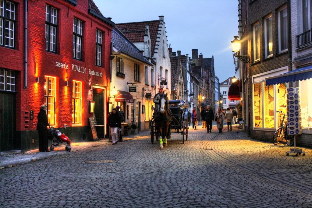 улица_мира_Брюгге_Бельгия_Европа