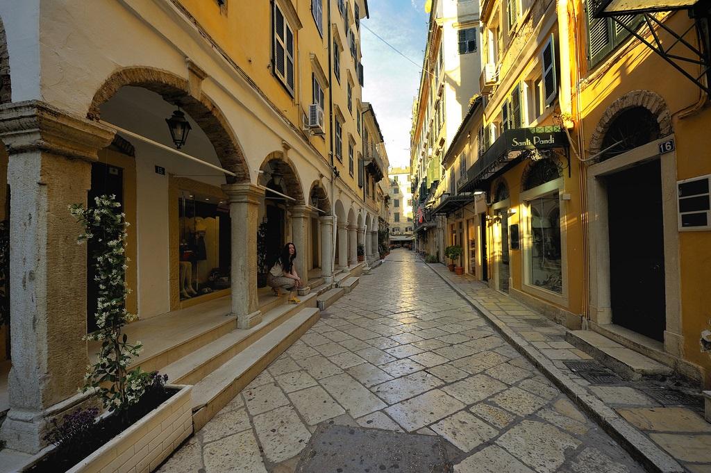 улица_в_Корфу_Керкира_Греция