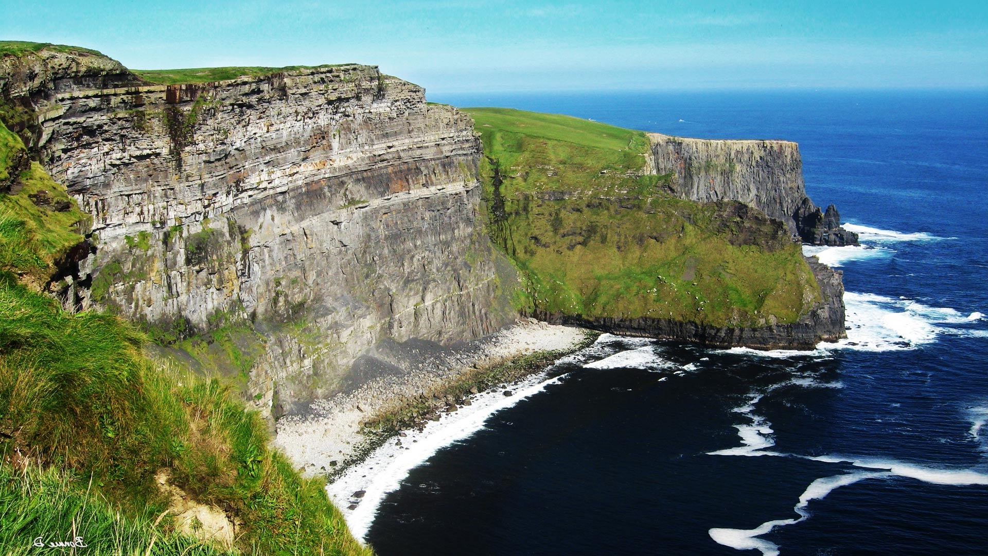 Cliffs_of_moher_Утесы_Ирландии_графство_Клэр.