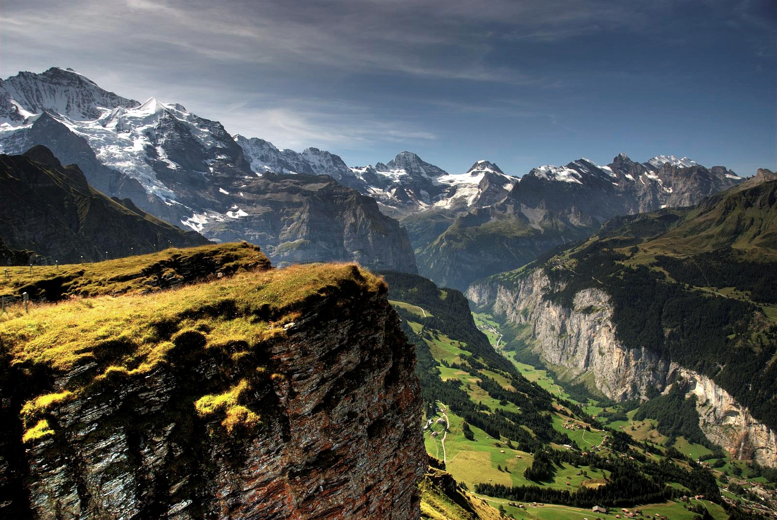 lauterbrunnen_valley