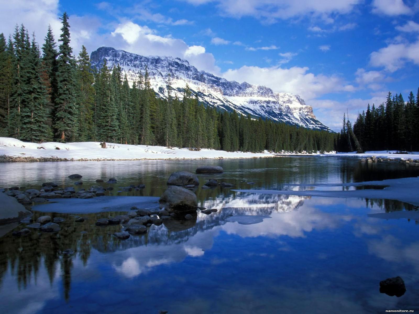 Big-Bear-Lake_bolshoe_medvezhie_ozero_canada