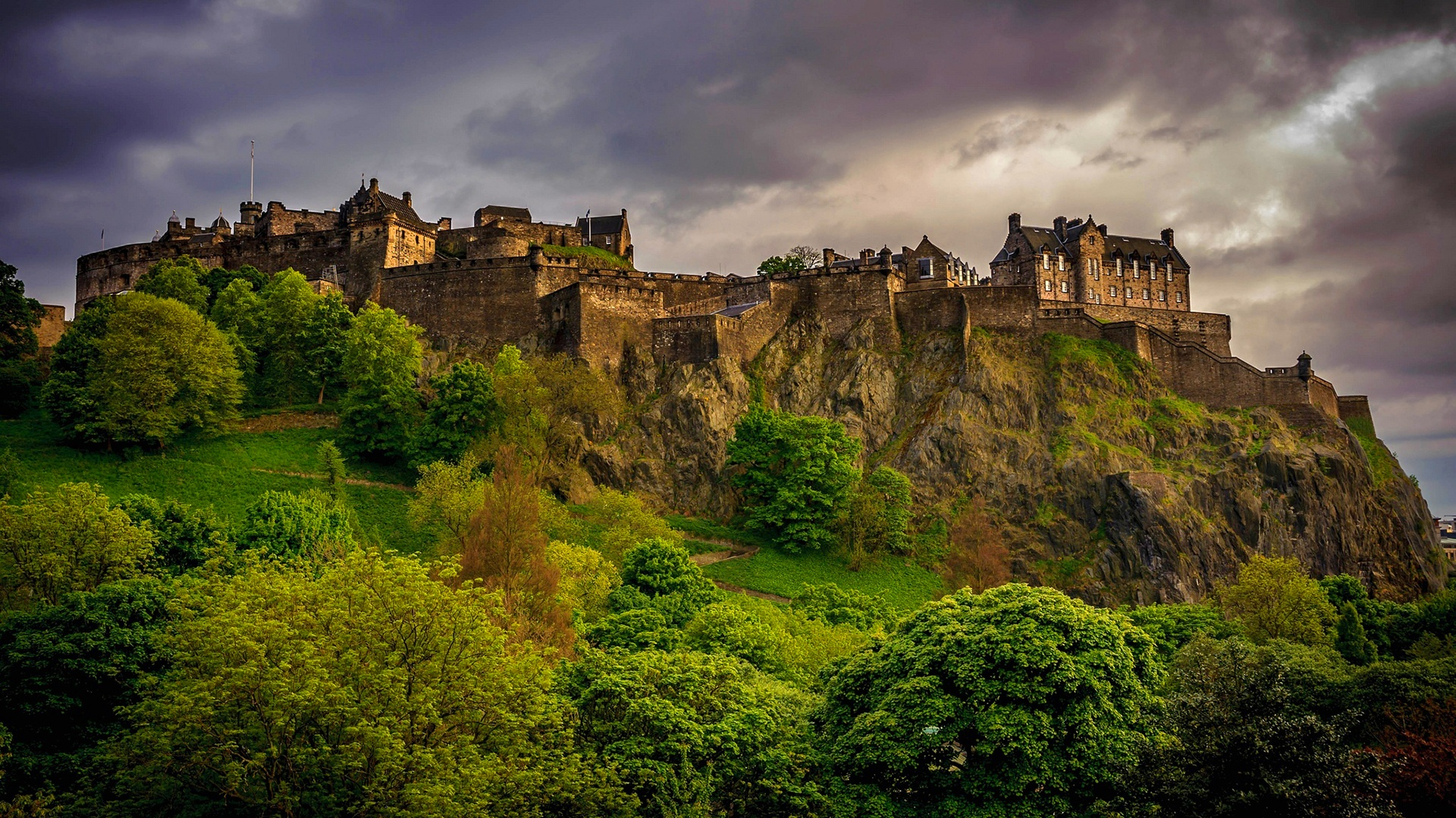 edinburgh_castle_scotland