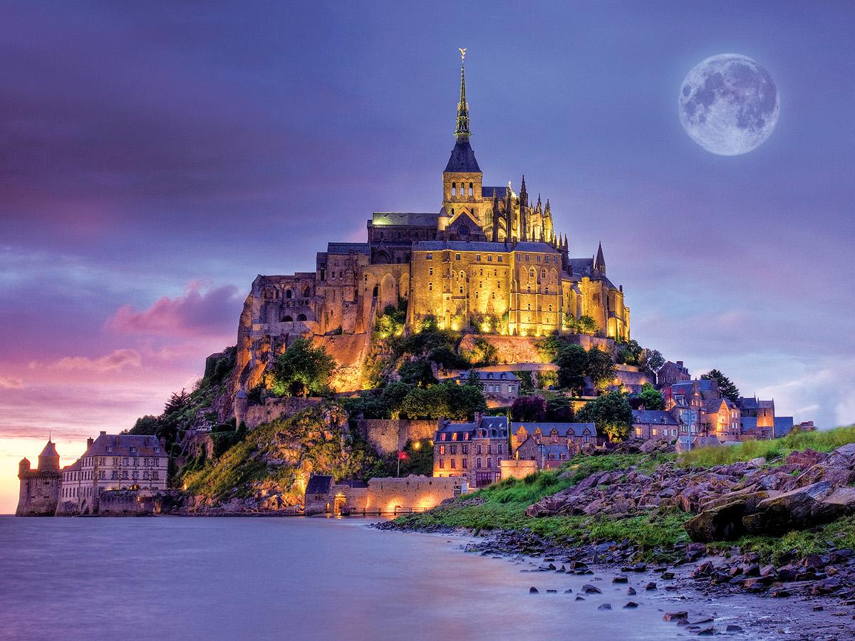 Mont_Saint_Michel_France_castle_ostrov_krepost_normandia_zamok_dvorec