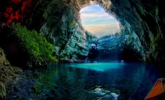 Caves_the_largest_cave_in_the_world_shondong_vietname